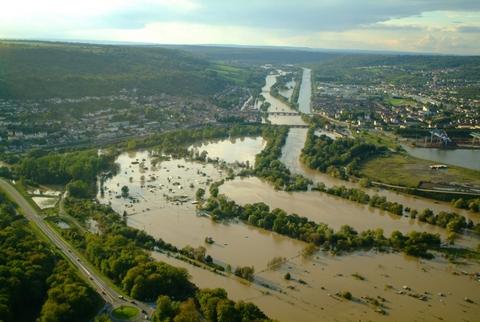 Le Madon en crue à la confluence avec la Moselle (Pont-Saint-Vincent) ©4vents/CD54